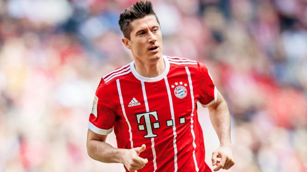 Lewandowski equals Bundesliga record to match Heynckes' scoring streak
