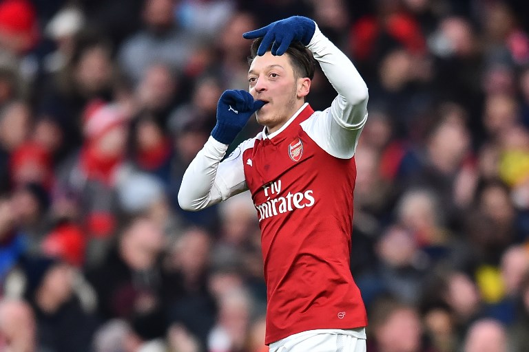 Mesut Ozil signs new long-term contract with Arsenal
