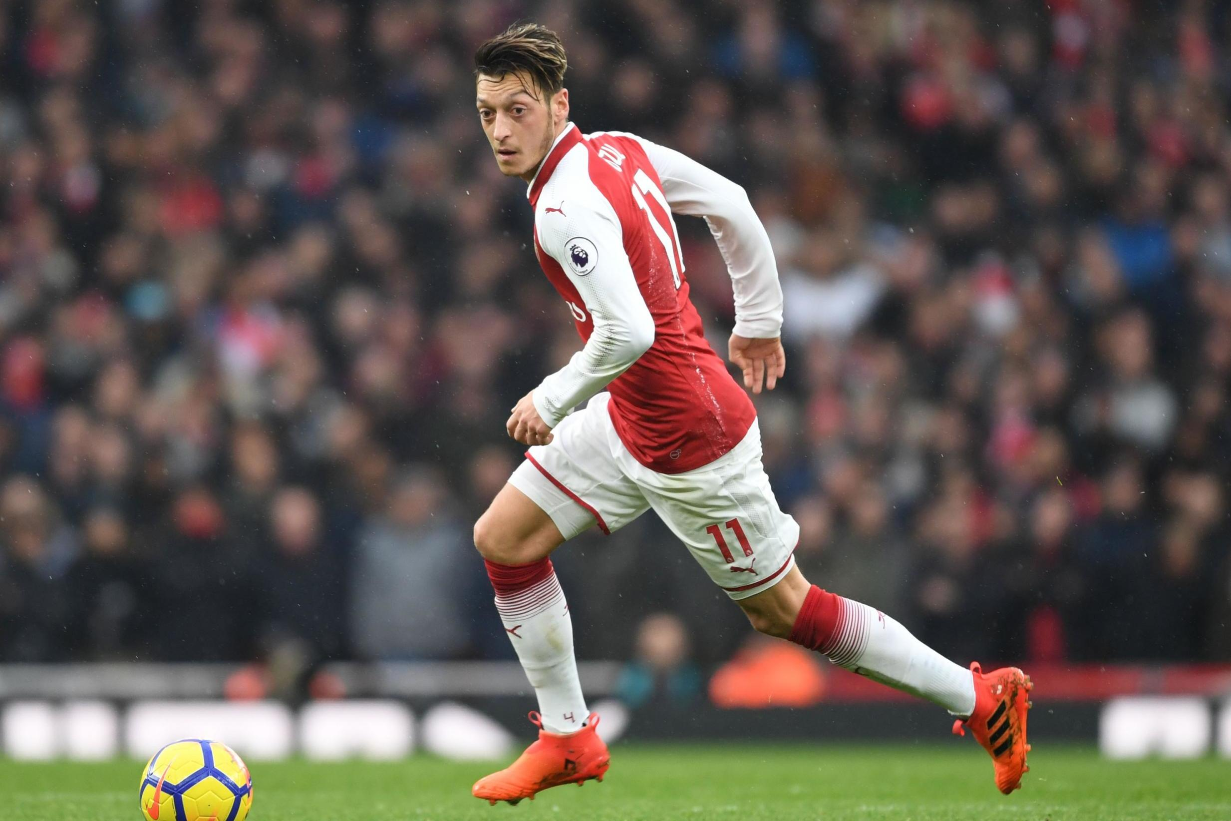 Arsenal team news: Ozil & Welbeck lead the line in Europa League